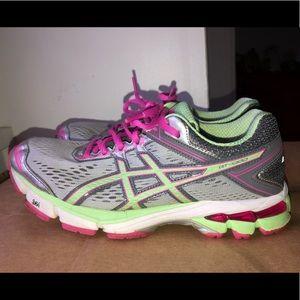 ASICS Women's GT-1000 4 Running Shoes Size 6.5